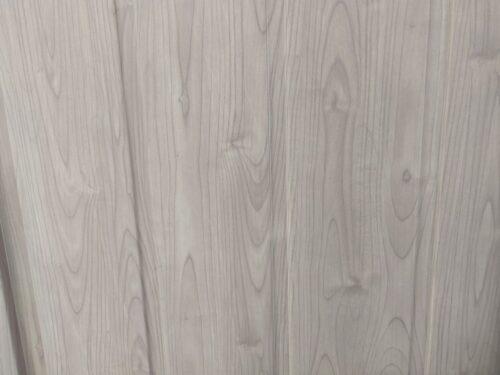 マツモト物置の木調デザイン